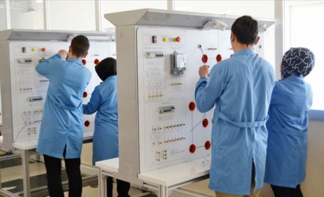 Özel Kayseri OSB Teknik Koleji'nin mezunları sanayiciler tarafından kapışılıyor
