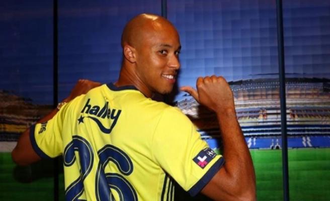 Resmen açıklandı! Tisserand Fenerbahçe'de