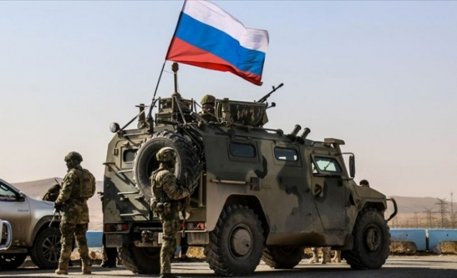 Uzmanlara göre Rusya, YPG'yi yanına çekmek istiyor