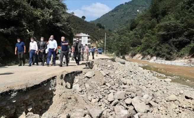 İçişleri Bakanı Süleyman Soylu, Dereli ve Güce'de incelemelerde bulundu