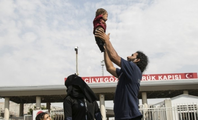 İdlibli Muhammed bebek tedavi için Türkiye'de