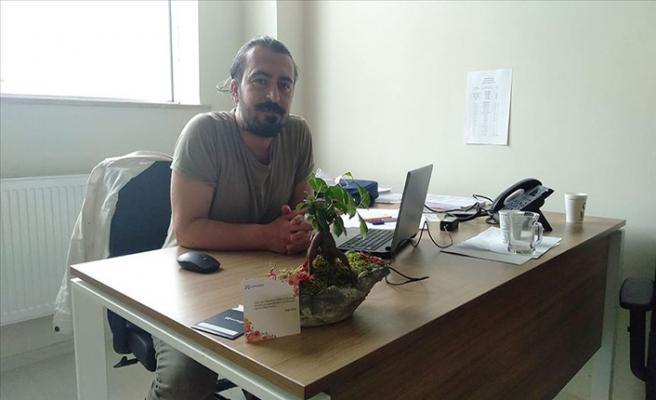 42 yaşındaki Dekan Yardımcısı Orhan Laboç, koronavirüse yenildi