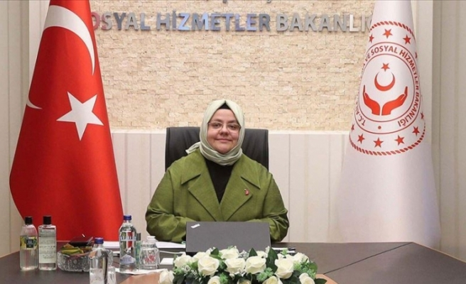 Aile, Çalışma ve Sosyal Hizmetler Bakanı Selçuk, 81 ilden kız çocuklarıyla görüştü