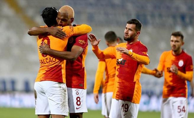 Galatasaray Erzurum'da hayata döndü
