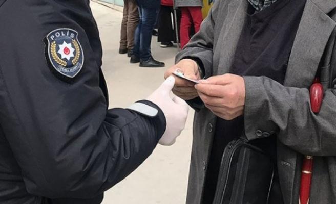 Amasya'da maske takmayan 392 kişiye 352 bin lira ceza