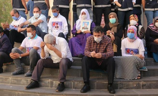 Diyarbakır anneleri 24 saat nöbet tutacak