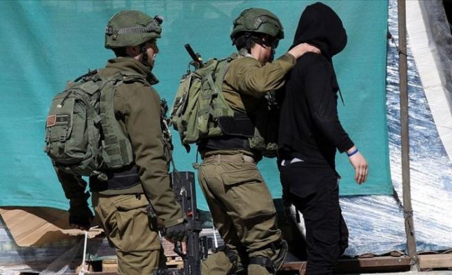 İşgalci İsrail güçleri 14 Filistinliyi gözaltına aldı