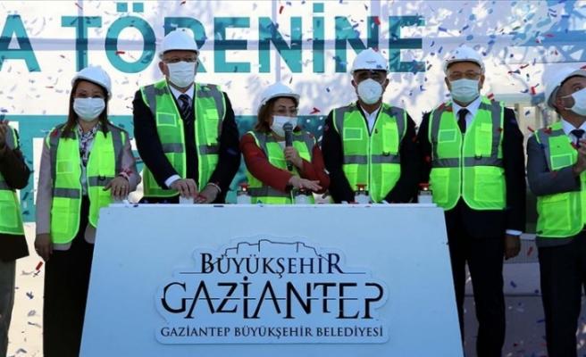 Gaziantep'te Müzeyyen Erkul Bilim Merkezi'nin temeli atıldı