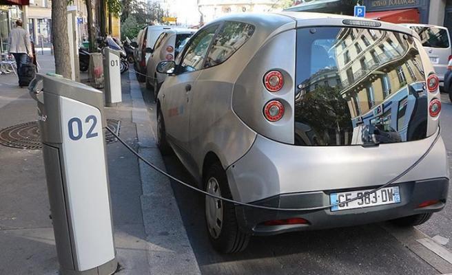 Trafikteki araçların yüzde kaçı elektrikli olacak?