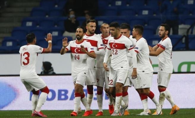 Türkiye-Sırbistan maçını yönetecek hakem belli oldu