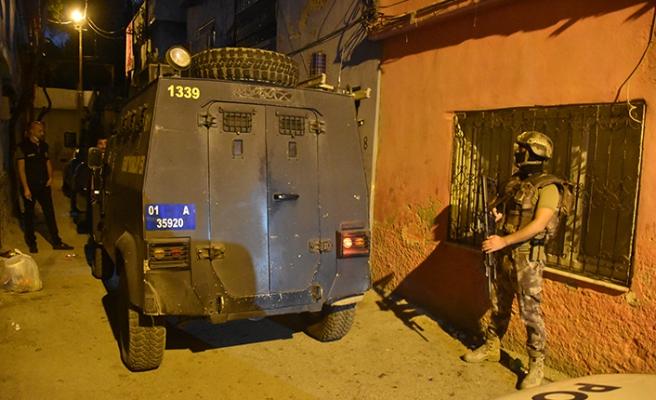 Adana'da zehir tacirlerine özel harekat destekli operasyon