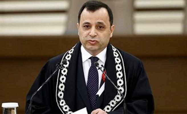 Eşi ve kızının Kovid-19 testi pozitif çıkan AYM Başkanı Arslan kendini izole etti