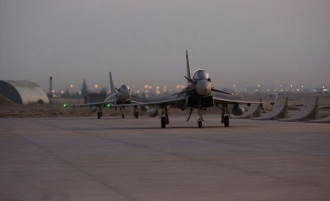 İngiliz 'Eurofighter Typhoon' savaş uçakları eğitimler için Konya'da