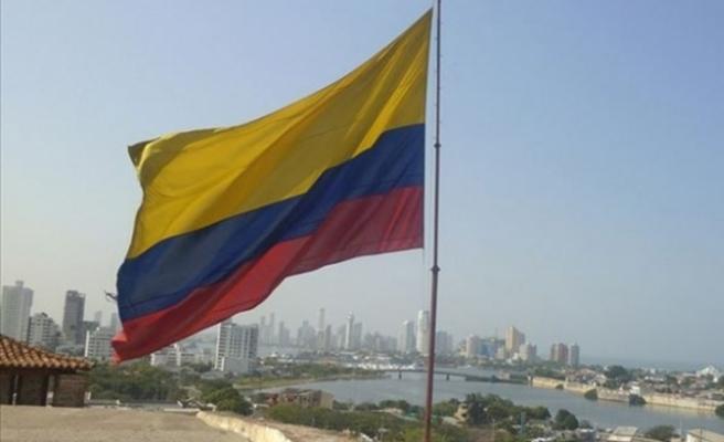 Kolombiya'da 2 ayrı silahlı saldırı, ölü ve yaralılar var