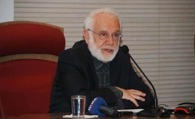 Profesör İhsan Süreyya Sırma hastaneye kaldırıldı!
