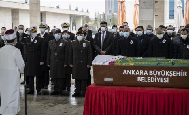 2. Ordu Komutanı Orgeneral Metin Gürak'ın vefat eden eşi son yolculuğuna uğurlandı