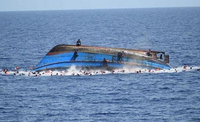 Albert Gölü'nde tekne battı: 33 ölü