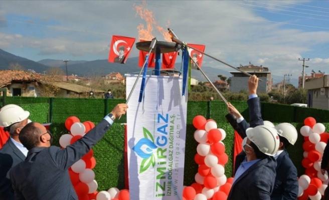 İzmir'in Kiraz ilçesinde doğal gaz sevinci yaşanıyor