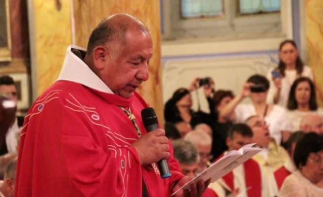 İstanbul Latin Katolik Cemaati Ruhani Reisi Gonzalez Kovid-19 nedeniylehayatını kaybetti
