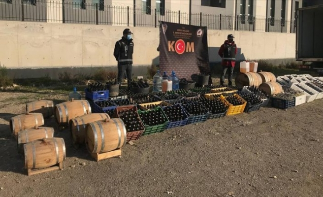 Ölüm içkisine dev operasyon: 10 ton ele geçirildi