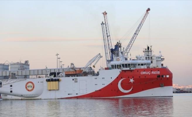 Oruç Reis gemisi Doğu Akdeniz'e doğru gitmek üzere Antalya Limanı'ndan ayrıldı