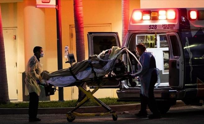 ABD'de Kovid-19 kaynaklı günlük ölümler rekor kırdı
