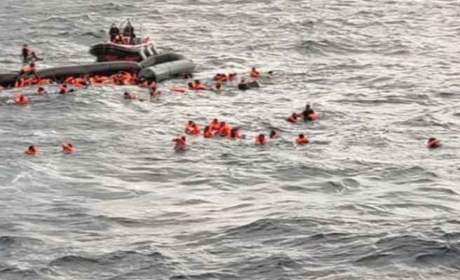 Akdeniz'de göçmenleri taşıyan tekne battı: 43 ölü