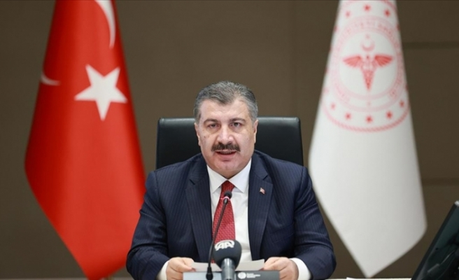 Fahrettin Koca sağlık çalışanlarına teşekkür etti