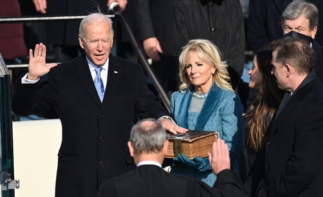Başkanlığın ilk gününde Joe Biden'a azil şoku