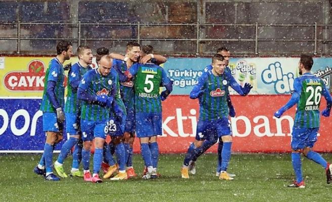 Çaykur Rizespor 3 golle kazandı: 3-0