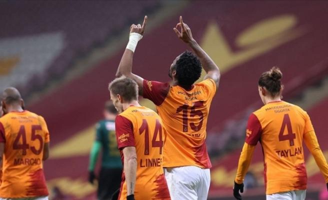 Musleralı Galatasaray farklı kazandı: 6-1