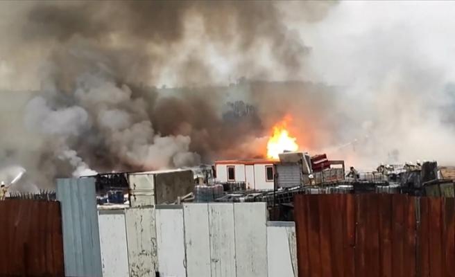 Tuzla'da fabrikada yangın çıktı
