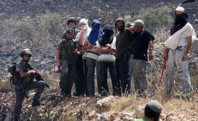 Batı Şeria'da Yahudi yerleşimciler Filistinlilere ve mülklerine saldırdı