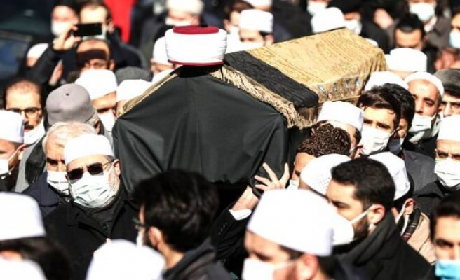 Resul Tosun Muhammed Emin Saraç Hoca'yı yazdı