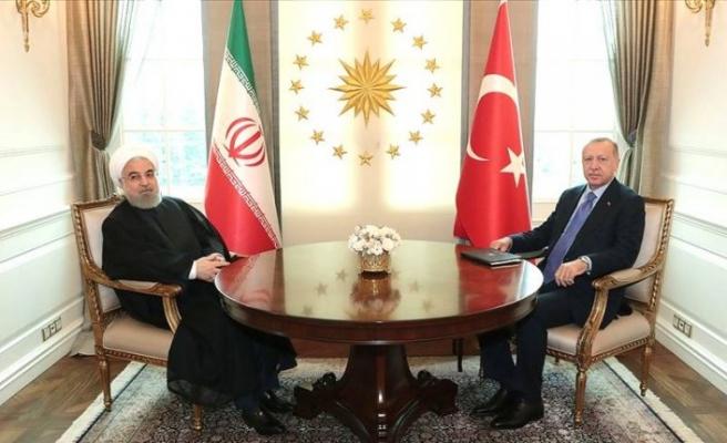 Cumhurbaşkanı Erdoğan İran Cumhurbaşkanı ile Ruhani ile görüştü