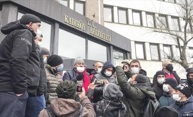 Kadıköy Belediyesi'nde işçilere rağmen TİS imzalandı