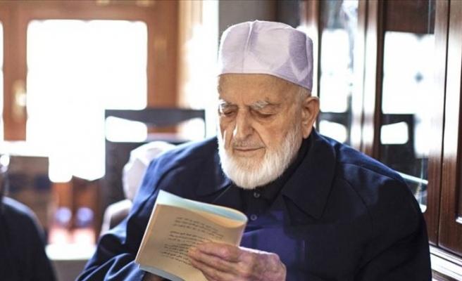 Hadis alimi M. Emin Saraç Hoca'nın cenazesi Fatih Camisi haziresine defnedilecek