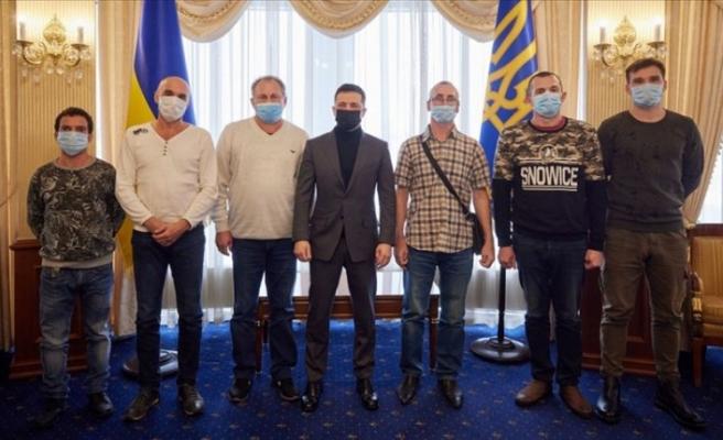 Nijerya'da alıkonulan Ukraynalı denizciler ülkelerine döndü