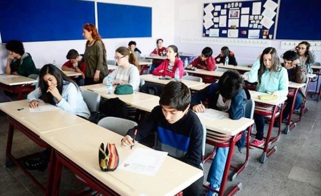 İzmir'de özel okul ücretinin veliye kısmen iadesi kararı verildi