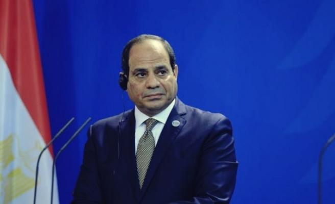 Sisi, Kuran ayetlerini eğitim müfredatından çıkarıyor