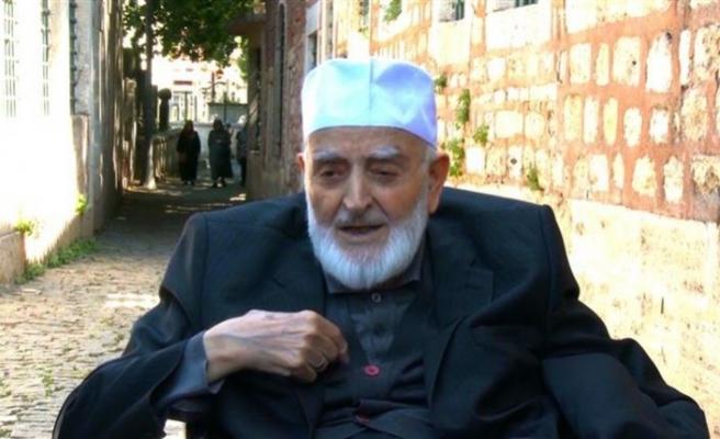 Türkiye'nin fırtınalı tarihinin ayna imgesi: M. Emin Saraç Hoca