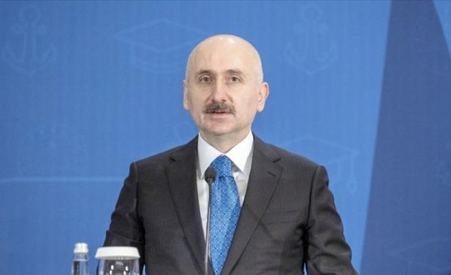 Ulaştırma Bakanı, Türksat 5A'nın teslimi için tarih verdi