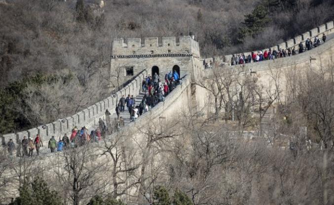 Çin Seddi'ne turist ilgisi