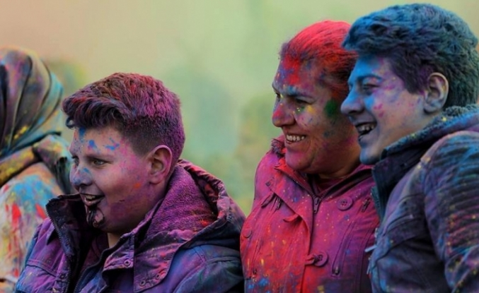 İzmir'de 'renkli' festival