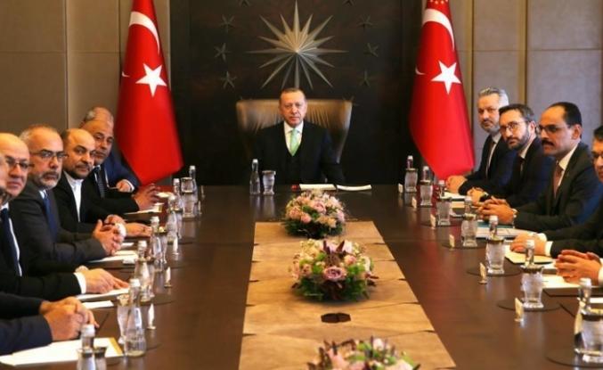 Knesset'te ezan okuyan vekiller de Erdoğan'la görüştü