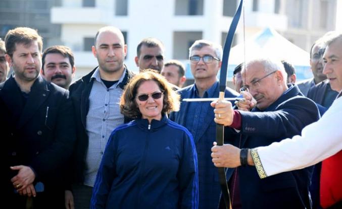 """Mersin'de """"Geleneksel Okçuluk"""" kursu açıldı"""