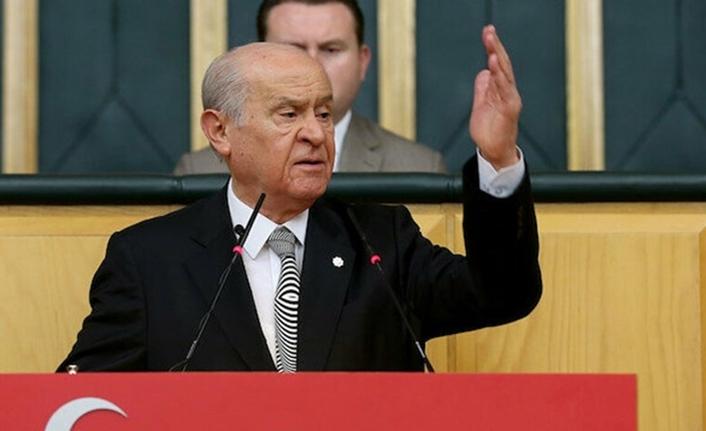 Devlet Bahçeli Halk TV sunucusu Gürses'i fena ti'ye aldı