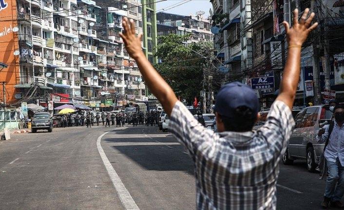 Myanmar'daki protestolarda bir kişi daha öldü