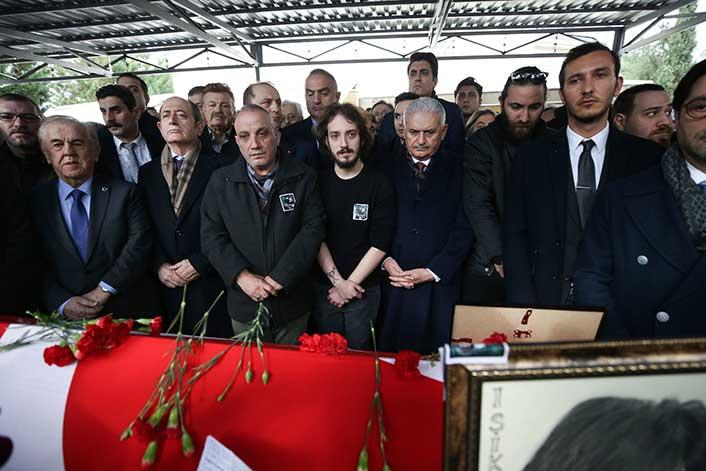 Ayşen Grudaya Veda Eski Eşinden Cenazede Sitem Son Dakika