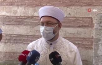 Diyanet İşleri Başkanı Ali Erbaş'tan kılıçlı hutbe açıklaması